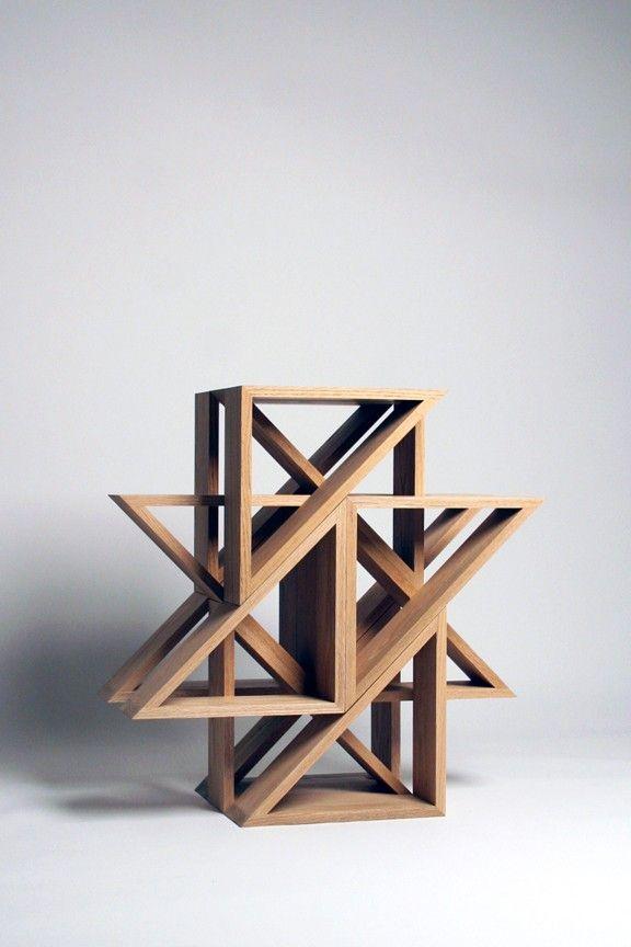 J1 studio, M.stool