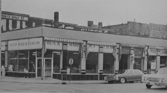 Dutch Maid, Downtown Kenosha.  Used to go here every Saturday afternoon after a day of shopping with mom and grandma.