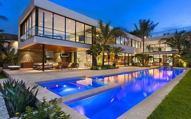La maison de luxe vue dextérieur de nuit luxe vacances villas
