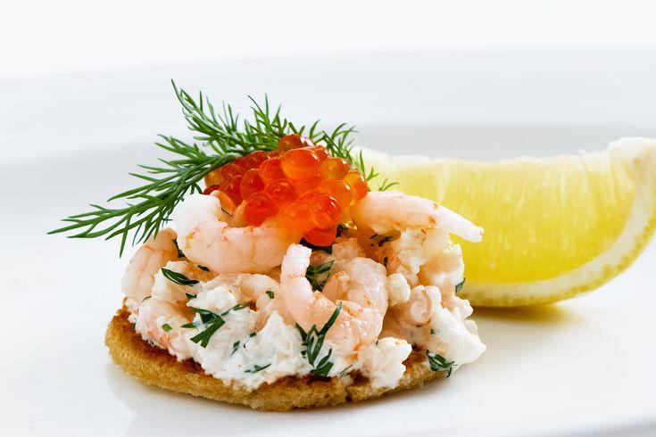 «Тост «Скаген» с креветками» рецепт c видео – шведская кухня: закуски