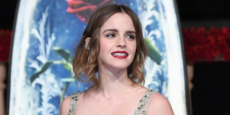 Emma Watson Denies Nude Bath Photographs Are Her Following HackEsquire Uk