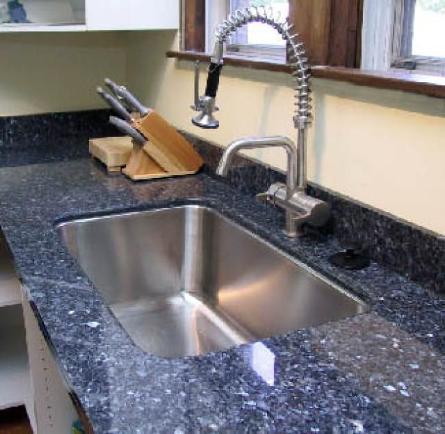 A Few of These 20 Kitchen Countertop Ideas May Astound You: Modular Granite: Slab Without So Many Seams