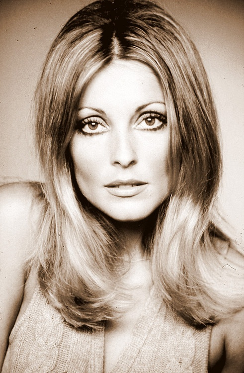 Sharon Tate, '60's beauty.