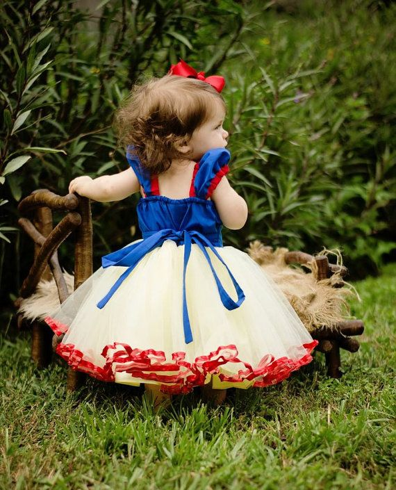 SNOW WHITE dress girls princess dress TUTU by loverdoversclothing