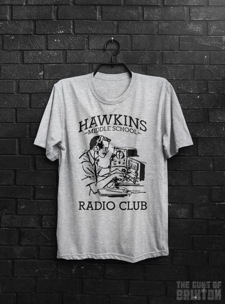 Cose piu ' strane di Hawkins scuola media Radio AV Club ispirato TV Show 11 undici adulti Mens & maglietta Top donna Tutte le taglie, Cols di TheGunsOfBrixton1979 su Etsy https://www.etsy.com/it/listing/455589544/cose-piu-strane-di-hawkins-scuola-media