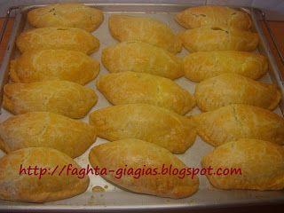 Τα φαγητά της γιαγιάς: Μυζηθροπιτάκια με τραγανό φύλλο (κουρού)
