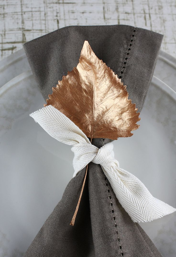Painted Leaf Place Setting