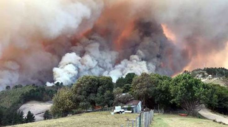 Eight people are dead and 10,000 have fled their homes as an enormous fire sweeps through the town of Knysna, South Africa. Numerous homes have been gutted by the blaze that started on Tuesday and grew rapidly when a storm passed over the Western...