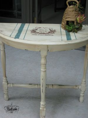 Victoria's Vintage Designs: Grain Sack Table.  I have this exact table and I think I am going to give it a go with this project, love it.