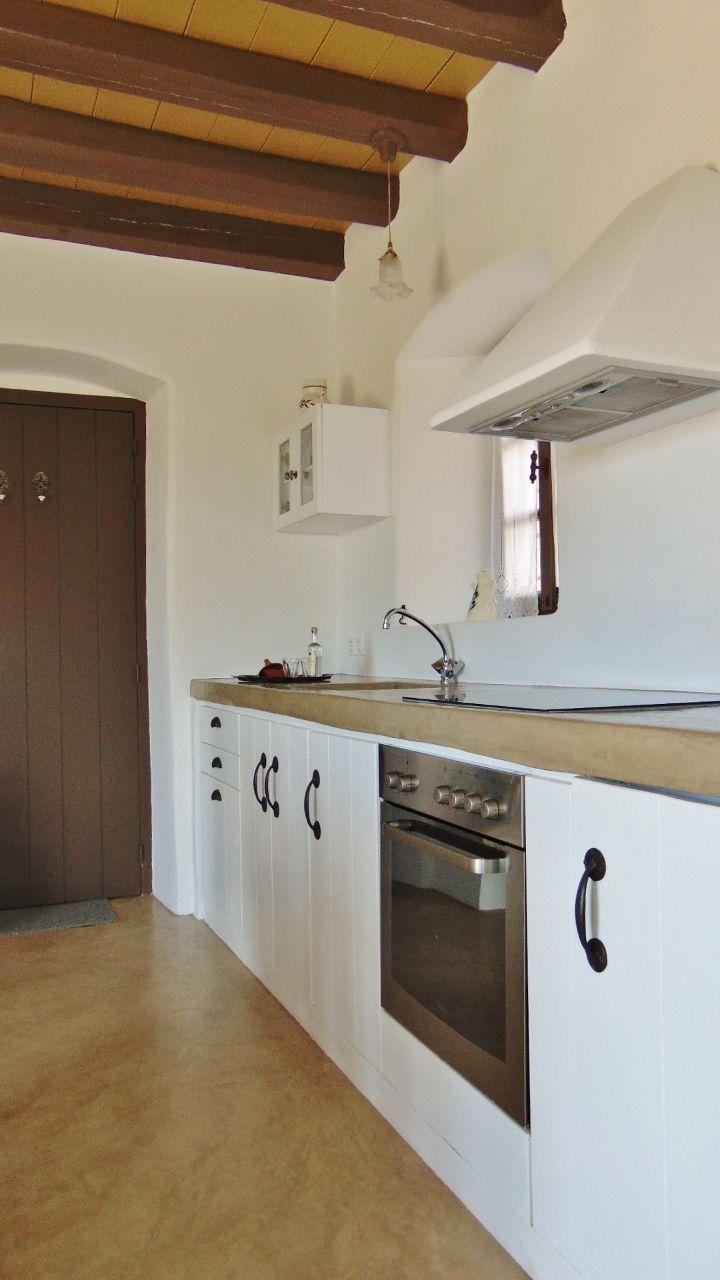 Olive suite - kitchen