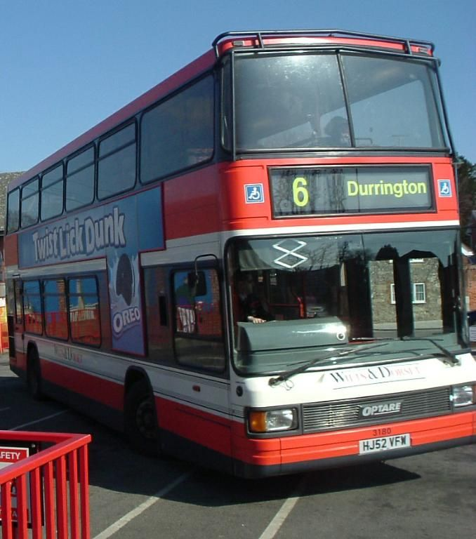 A 'historic' picture; Route No. 6 is no more, Wilts & Dorset have changed the livery on their buses, and Amesbury is about to be an 'ex-bus station'.