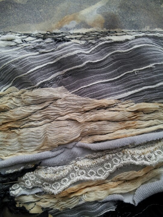 "Laura Edgar ""Original artworks created using an eclectic mix of textiles, paper ephemera, paint and embroidery"" #fiberarts #textile #studiopaars"