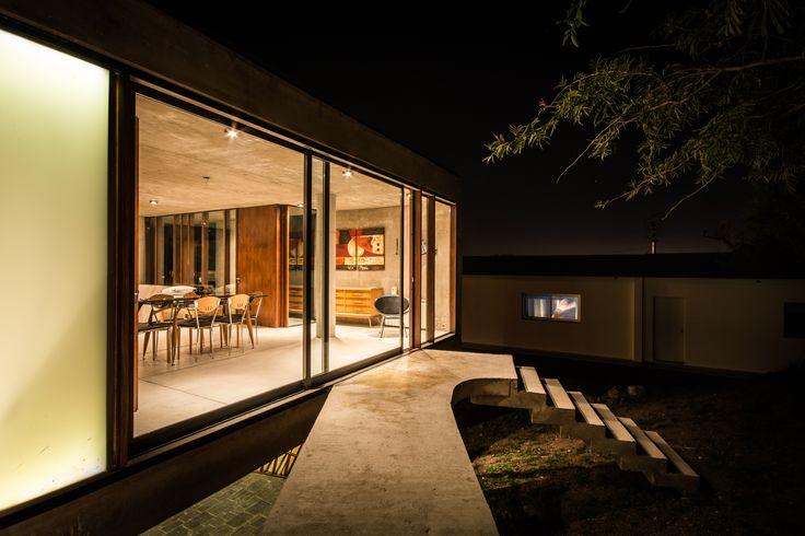 Casa en La Rufina / Santiago Carlos Viale + Daniella Beviglia