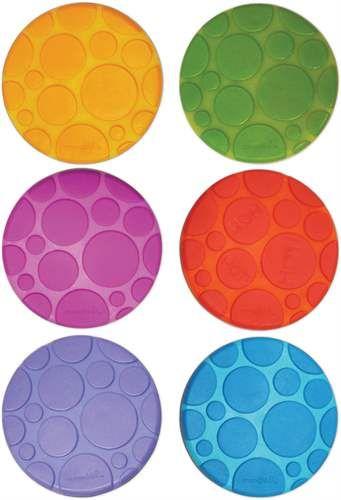 6 färgglada halkskydd för badkaret eller annan hal yta, från Munchkin. Diameter: 11 cm.