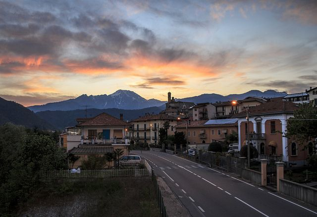 Tramonto infuocato a Borgosesia #borgosesia #sunset #tramonto #invalsesia #valsesia