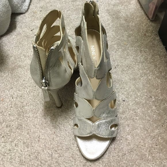 Nine West cream heel sandal NWT Nine West cream peep toe heel sandal , very cute , never worn Nine West Shoes Heels