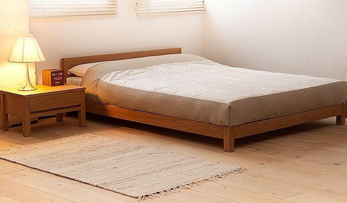 Деревянная кровать Blade