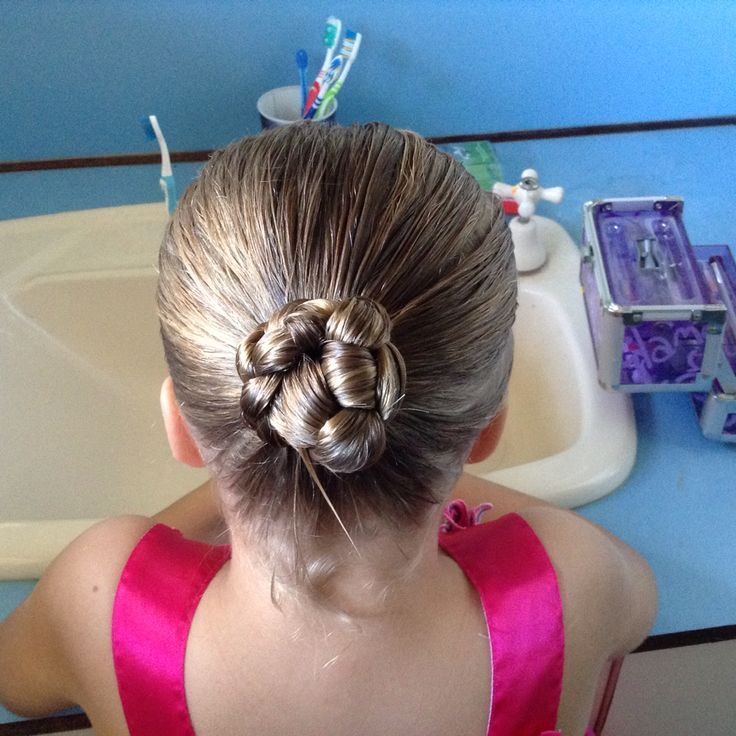 Easy hair do ponytail plat twist tie