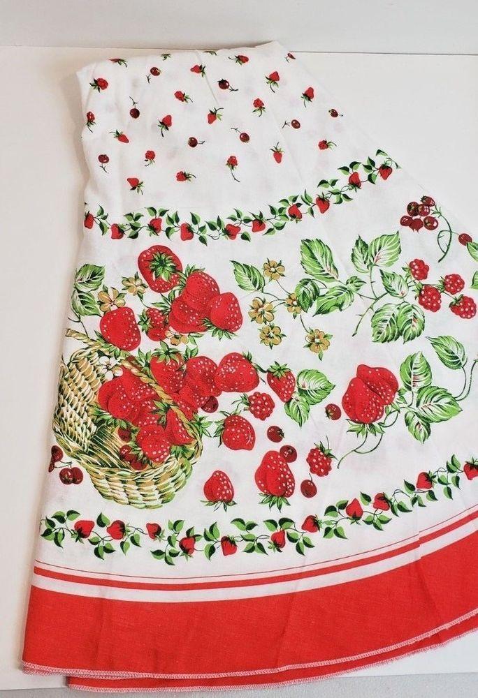 "Vintage 54"" Round Cotton Fabric Strawberries Print"