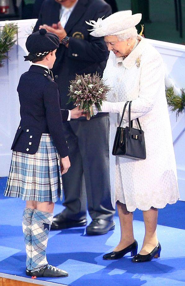 Offizielle Cunard Webseite Erleben Sie Kreuzfahrten mit den bekannten Kreuzfahrtschiffen Queen Mary 2 Queen Elizabeth und Queen Victoria