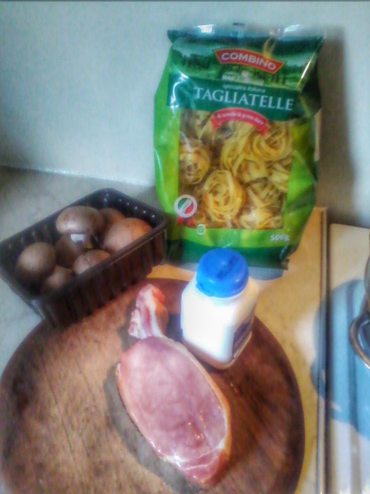 The Recession Kitchen: Food: Tagliatelli Carbonara, Italian comfort