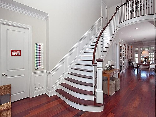 Stairs entry
