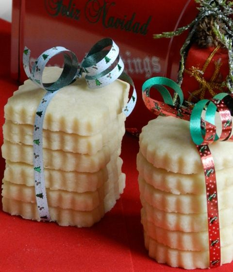 Melt in Your Mouth Shortbread recipe...wonderful christmas gift More