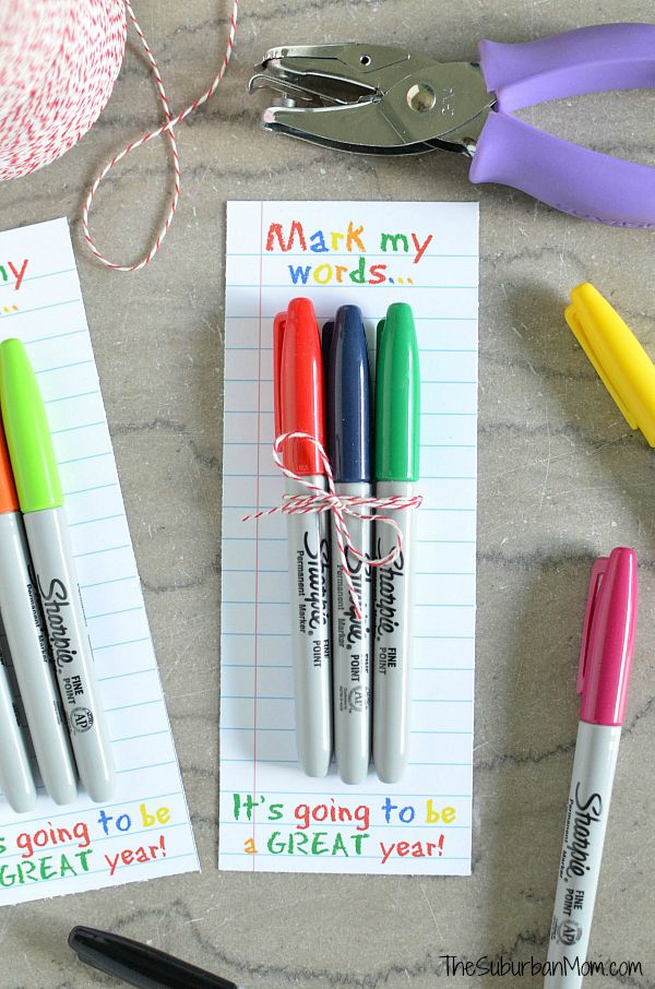 Sharpie Teachers Gift - Free printable makes this a quick and easy teacher gift idea.