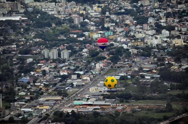 STUDIO PEGASUS - Serviços Educacionais Personalizados & TMD (T.I./I.T.): Santa Maria / RS: Festival de Balonismo de Santa M...