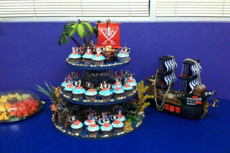 DIY Cupcake Stand Pirates of the Caribbean