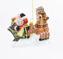 Mikołaj w saniach z reniferem - Polskie bombki ręcznie malowane - sklep z ozdobami choinkowymi Komozja Family