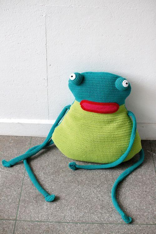 Quaak! Der Froschkönig wird gehäkelt - die Anleitung findet Ihr auf unserer Webseite!