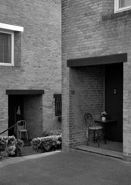 jørn utzon, architect: fredensborghusene, fredensborg 1959-1963. entrance to row houses. | Flickr – Compartilhamento de fotos!