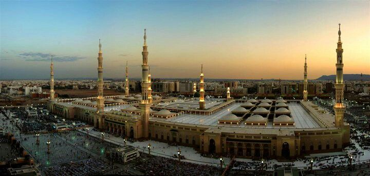 Nabawi at Madinah al Munawarah
