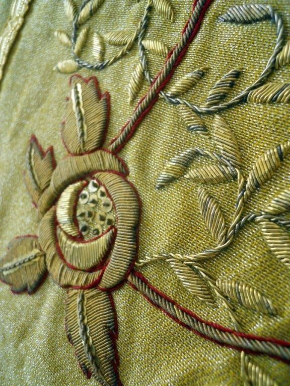 ANTIQUE FRENCH ALTAR FRONTAL TABERNACLE VEIL  DOOR GOLD METALLIC EMBROIDERY