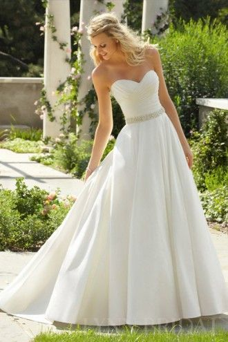 Princess Crisscross Sweetheart Court Train Satin Classic Wedding Dress | LynnBridal.com