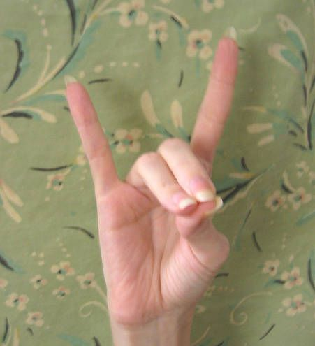 Healing Mudras: Apana mudra has a grounding force to help you connect with the earth's energies whenever you are feeling off balance or flighty.