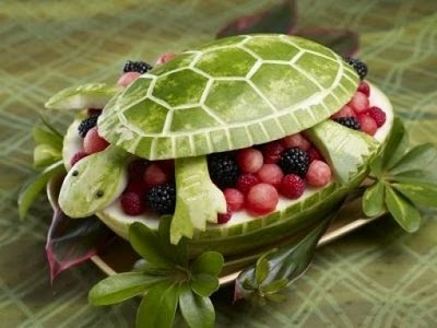 carved watermelon turtle: Fruit Salad, Recipe, Summer Parties, Watermelon Carving, Watermelon Fruit Bowls, Watermelon Turtles, Parties Ideas, Fruitbowls, Food Art