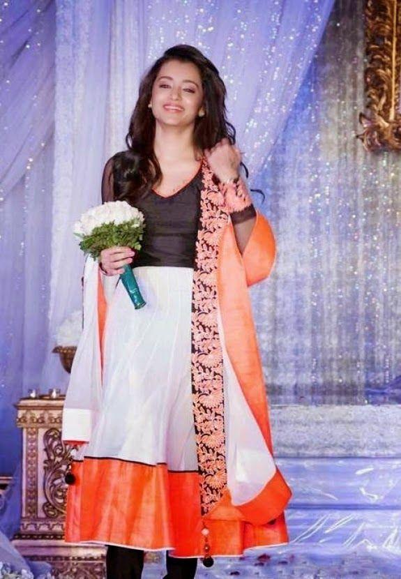 Trisha Krishnan @ Vivah Wedding Show / Toronto