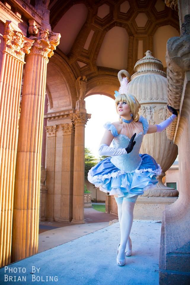Look at the detail in this burlesque Cinderella. She's ...
