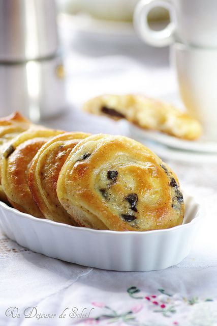 French Brioche Rolls with Pastry Cream and Chocolate