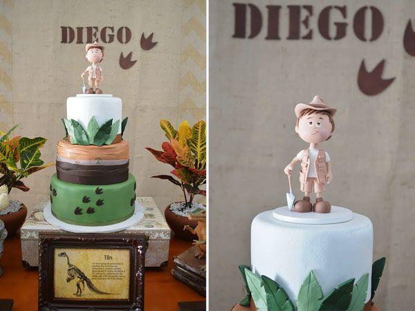 O Diego ganhou uma festa pra paleontólogo nenhum botar defeito!A Invento Festa caprichou na decoração, que ganhoumuitas espécies diferentes de dinossauro