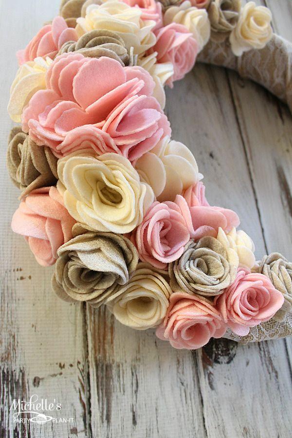How to make a Felt Flower Wreath   Sizzix Tutorial