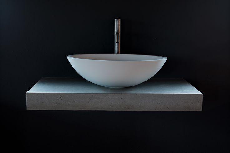 die 25 besten ideen zu naturstein waschbecken auf pinterest toiletten spiegel badezimmer. Black Bedroom Furniture Sets. Home Design Ideas