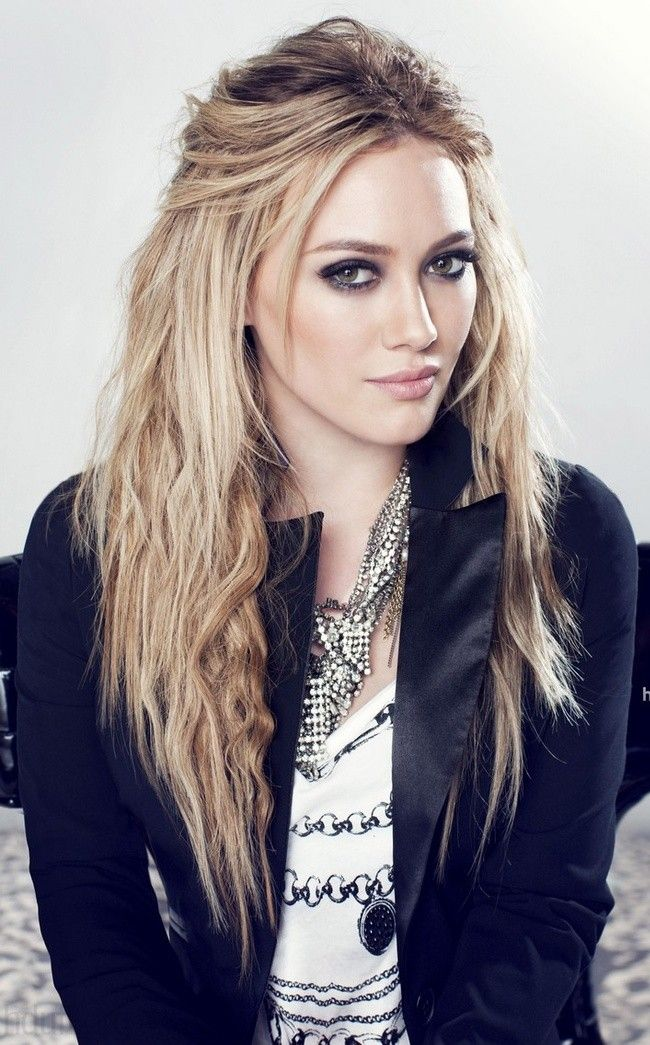 hillary duff so beautiful and talented actress remember her another Cinderella story  wish to be her so much
