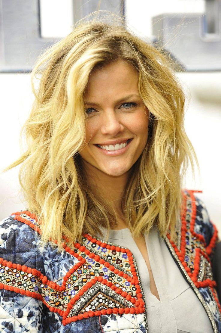26 Hairstyles for Medium Length Hair:Modern Haircuts - PoPular Haircuts