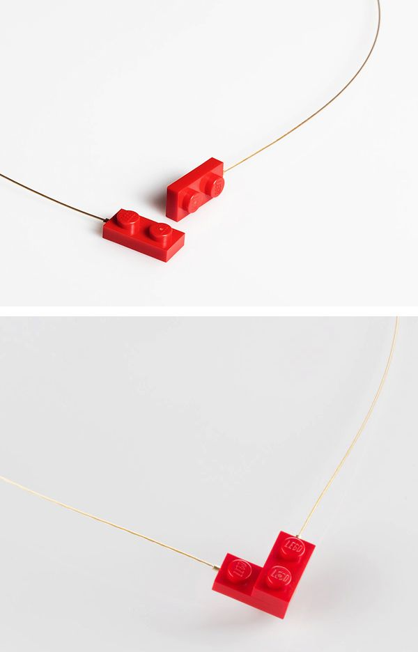 This is so cute! Two little Lego bricks on a thin golden plated string form a heart in the center of a necklace, when snapped together. This lovely piece of yewelry was created by Tel Aviv based jewelry designer Talia Sari and she even named it. So what do you get when you put Lego and Love together? Levo, of course! I really don't think it can get simpler than this... and cuter than this!