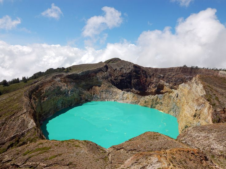 I laghi tricolore di Kelimutu