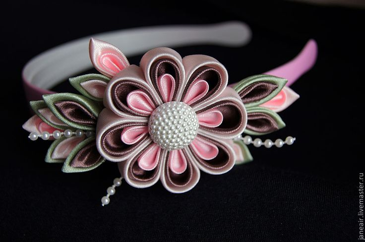 Kanzashi flowers ideas                                                                                                                                                                                 More