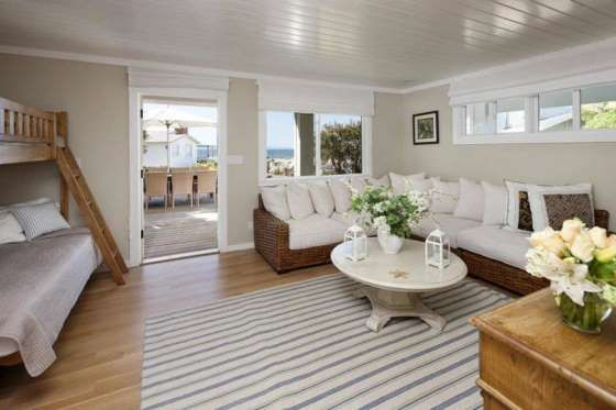Imagen de la nueva casa de Mila Kunis y Ashton Kurtcher en Santa Bárbara - Externa